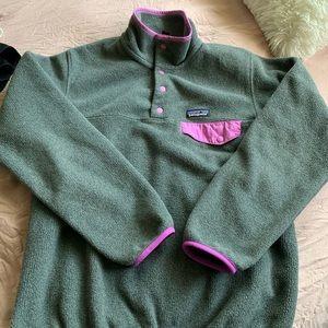 Patagonia synchilla sweater size small